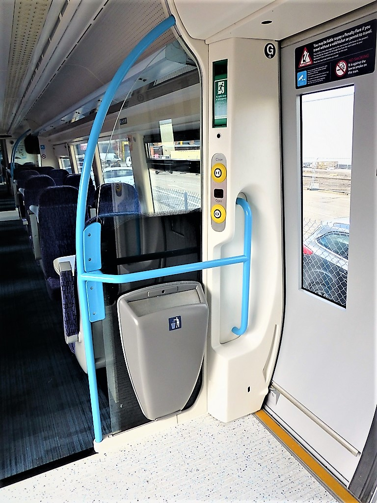 Class 375 Vestibule